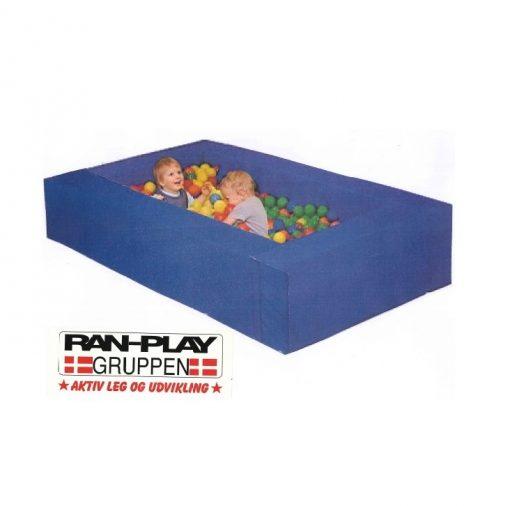Kugle bassin til leg og aktivitet.